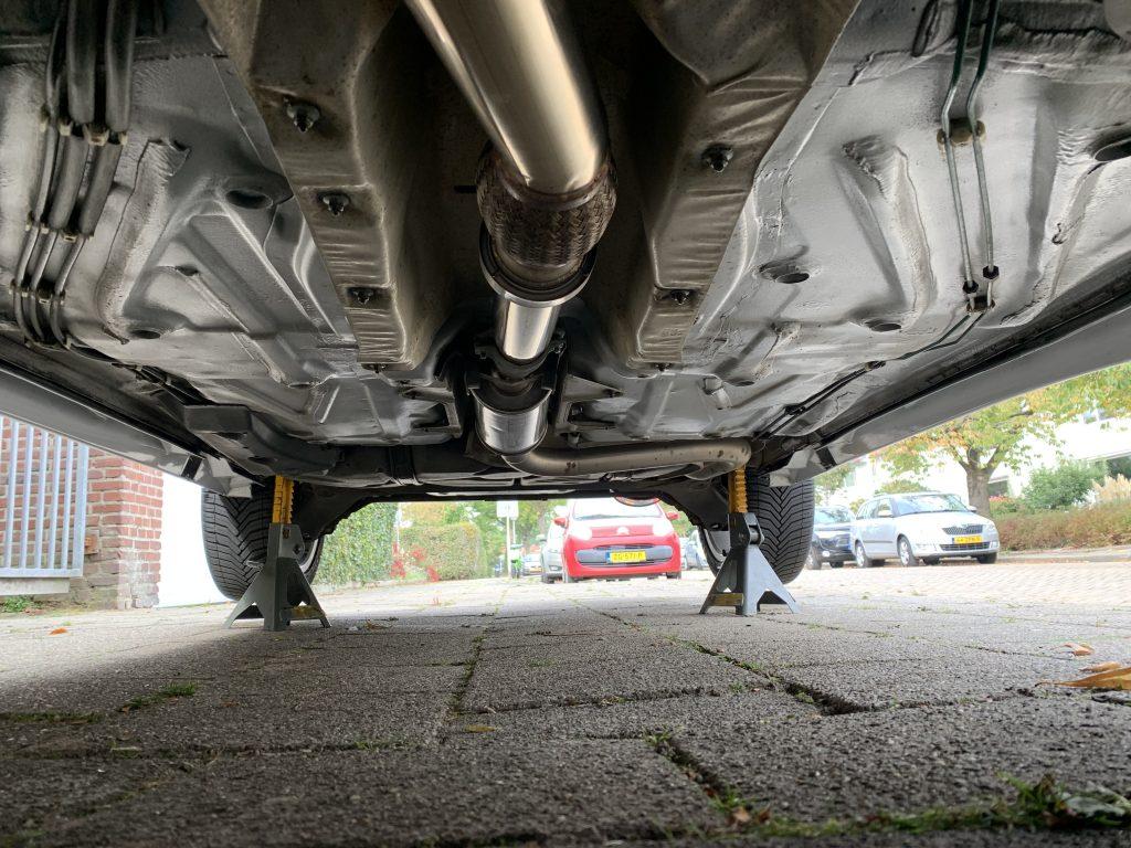 Saab 9-3 underbody