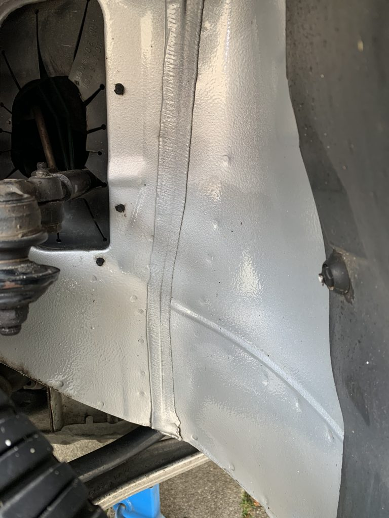 Saab 9-3 Aero Turbo front inner wheel space